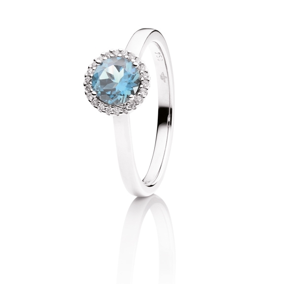 RI8T02395-Ring-Espressivo-750WG-Topas-sky-blue-facettiert-6-0-mm-ca-1-00ct-22-Diamanten-1